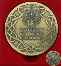 Medal Zas�u�ony dla Miasta Boles�awiec